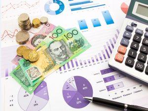 یکی از راههایی که میتوان به کمک آن توانایی بودجهبندی و برنامهریزی پول را بهبود بخشید، استفاده از راه کارهای هوش مالی میباشد..