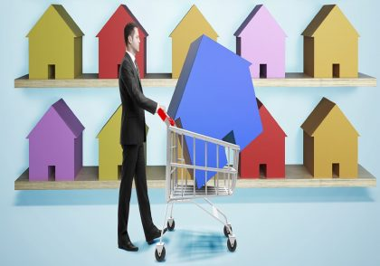 برای اینکه بدانیم چطور در بازار مسکن سرمایهگذاری کنیم باید نکاتی همچون نرخ اجارهبها یک منطقه، فرصتهای شغلی منطقه و گسترش شهری یا گسترش اقتصادی آن را مورد برسی قرار دهیم.