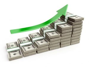 به مقدار پولی ثابتی که یک شخص یا شرکت در یک بازه زمانی مشخص از فروش یک کالا یا انجام یک خدمت به دست میآورد، درآمد گویند. اگر شخص بتواند از این درآمد ثابت برای به دست آوردن پول بیشتر استفاده نماید درآمدزایی کرده است.
